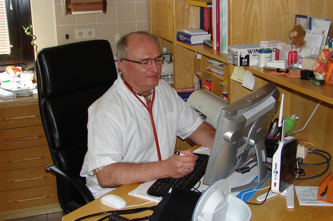 Dr. Tibor Oláh, Praktischer Arzt, Rechnitz