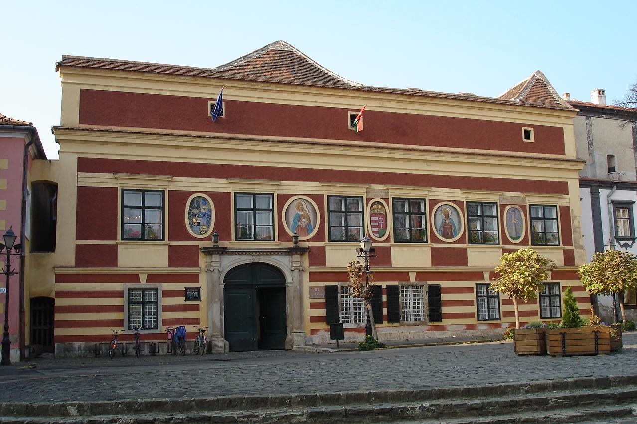 Rathaus, Köszeg, Nachbarstadt im Naturpark Geschriebenstein